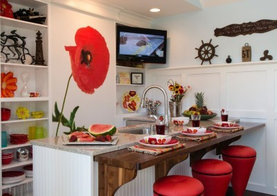 Hearthside-Grove-Luxury-RV-Resort_Bungalow-Flower-Kitchen-45