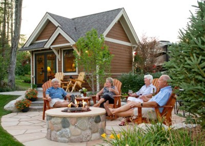 Hearthside-Grove-Luxury-RV-Resort_Bungalow-Friends-Fire-Pit-31