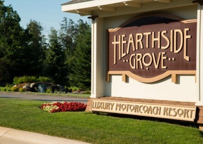 Hearthside-Grove-Luxury-RV-Resort_Entrance-Sign-50-min