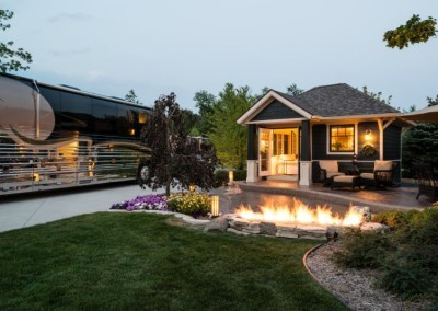 Hearthside-Grove-Luxury-RV-Resort_Evening-Bungalow-With Fire-16-min