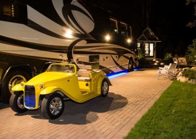 Hearthside-Grove-Luxury-RV-Resort_Evening-Yellow-Car-52-min